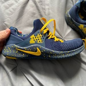 Nike Michigan Wolverines Maize Free TR V8 NWOT